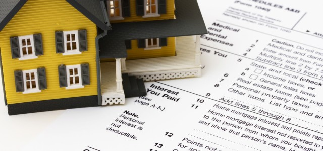 Tax time is around the corner and if you&#8217;ve moved during 2010 you may be eligible for some tax breaks. Uncle Sam will pay you back if: You are moving...